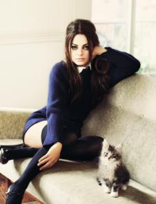 Mila Kunis and cat